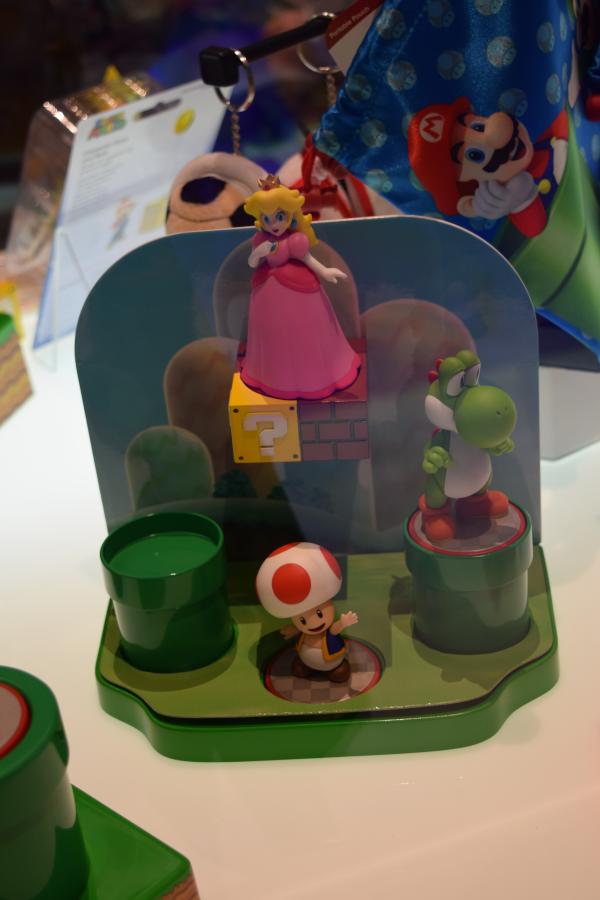 Super Mario World Amiibo Stand