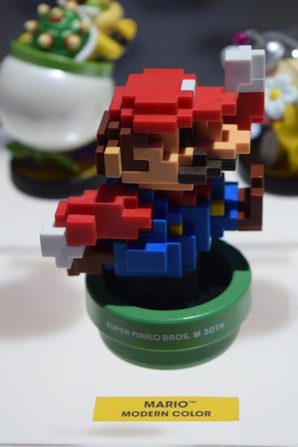 Modern Color 8-Bit Mario Amiibo